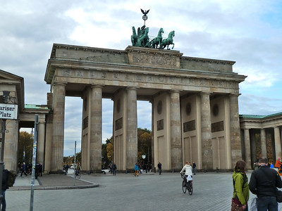 The Brandenburg Gate!!