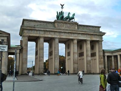 The Brandenburg Gate!!