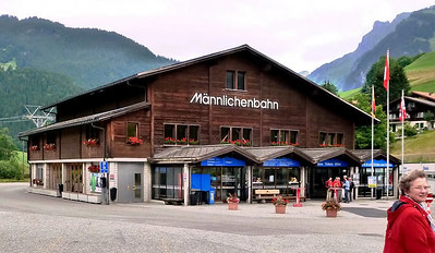 Gondola station to the start of the hike - Männlichen!!