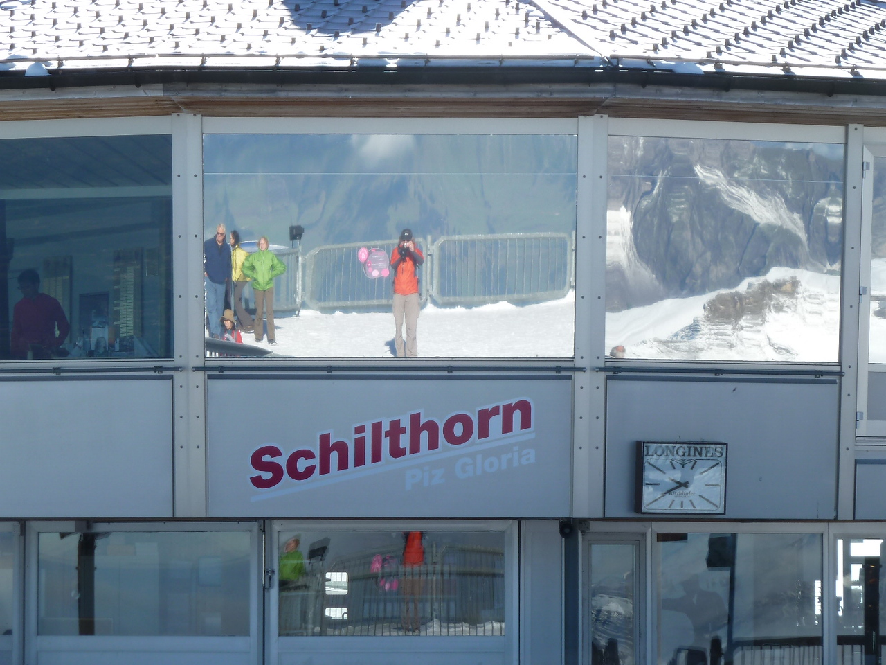 After 5 rainy, cloudy days, we got one last chance to embrace these fabulous mountains! A series of gondola rides got us to the Schilthorn Mountaintop Station, made famous in the James Bond movie.