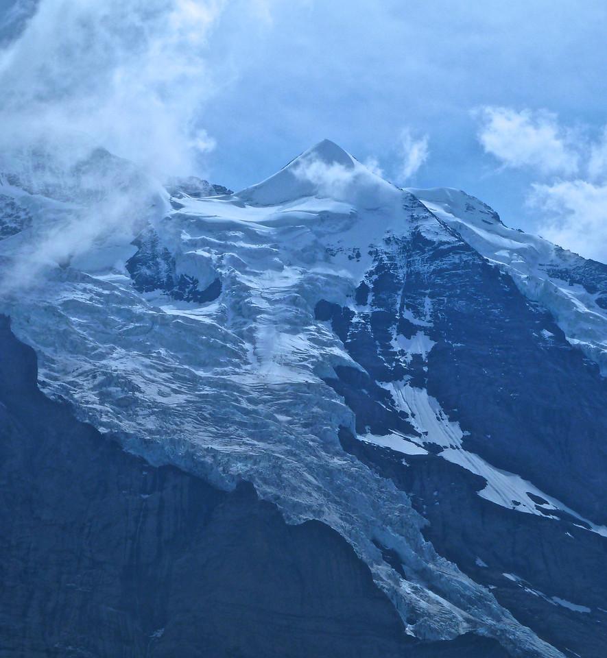 The Silberhorn (3700 m) just below the Jungfrau.