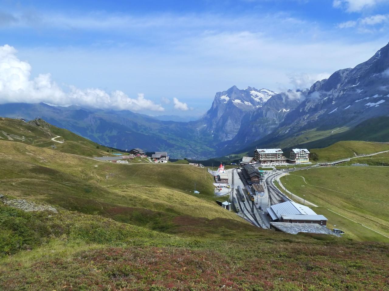 Klein Scheidegg with the train station to the Jungfraujoch.