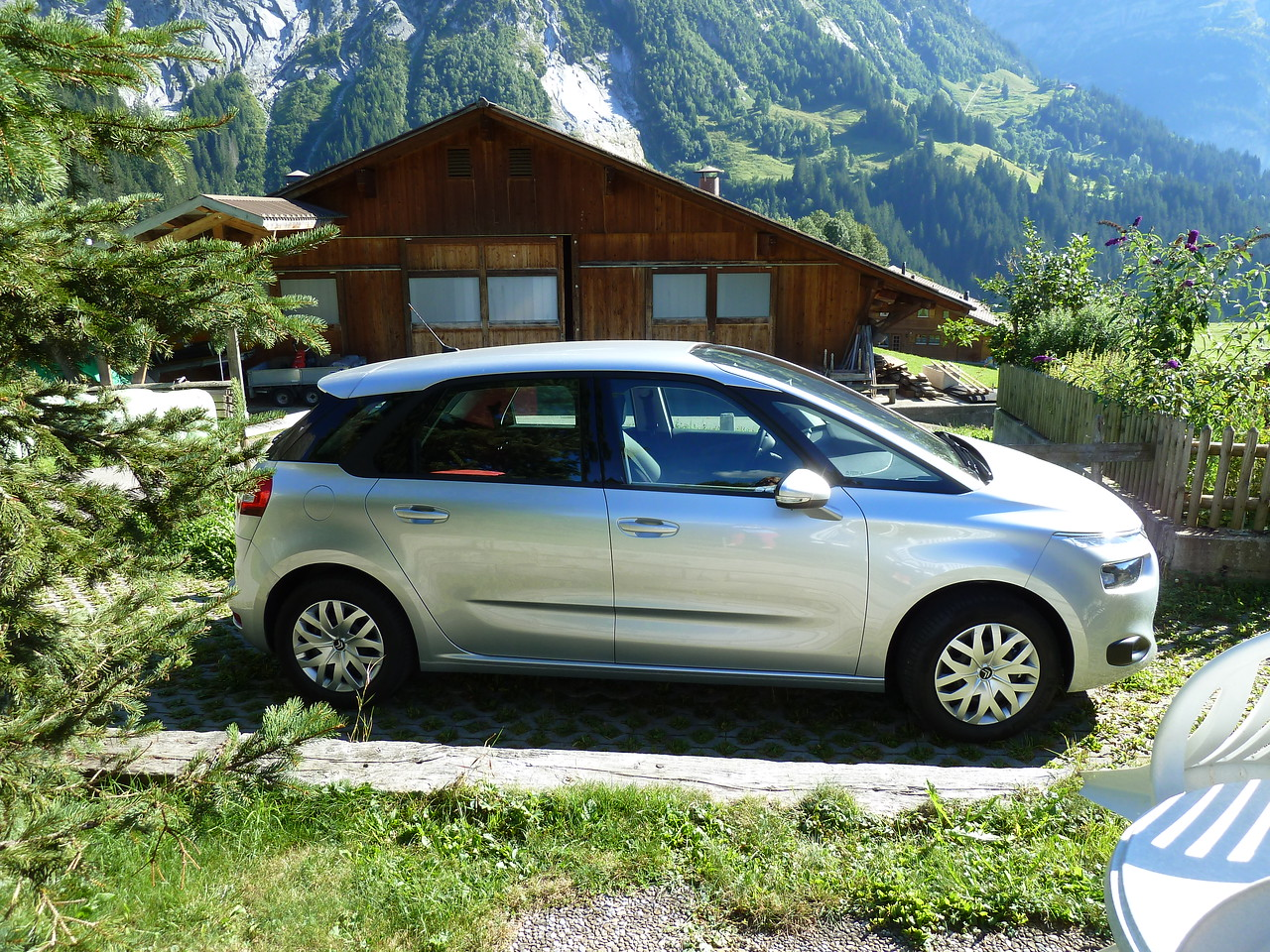 Our wonderful Citroen Picasso which would carry us 10,000 km through Europe.