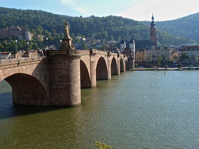 The old bridge across the Neckar leading to the old part of Heidelberg with the castle on the left.