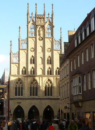 The medieval townhall of Münster full of history.