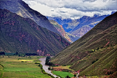 The sacred valley with the Inca sacred river Vilcanota or Wilcamayu, Sacred Valley Peru