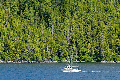 Passing another fishing boat in Inside Passage