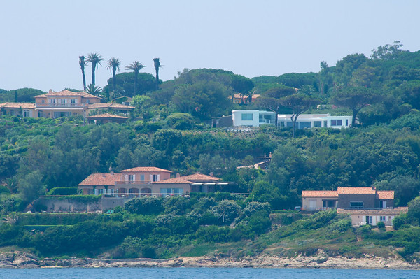Luxury homes just outside of St-Tropez - my future retirement home :)