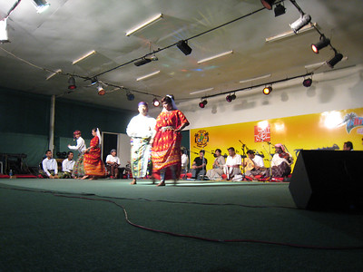 The Khareef Festival in Salalah brings dance and music troupes from all parts of Oman and some from Yemen.