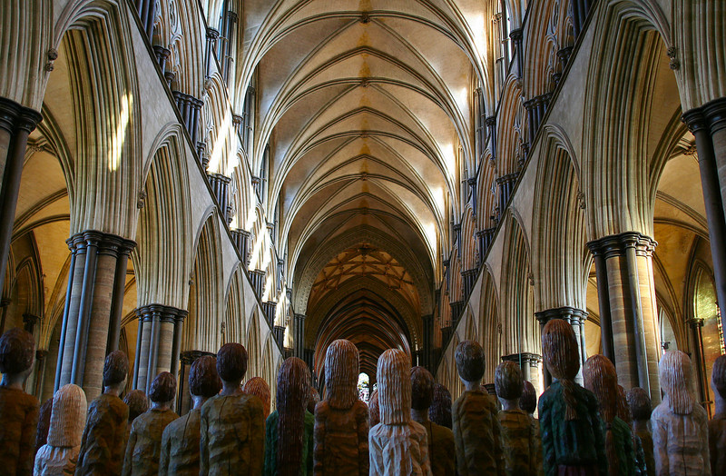 "Sculptures by <a href=""http://www.robertkoenig-sculptor.com"">Robert Koenig</a>, Salisbury Cathedral."