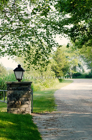Driveway to Saltwater Farm Vineyard