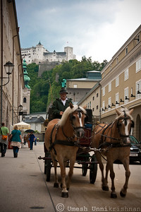 Horsecarriage outside the Hohensalzburg