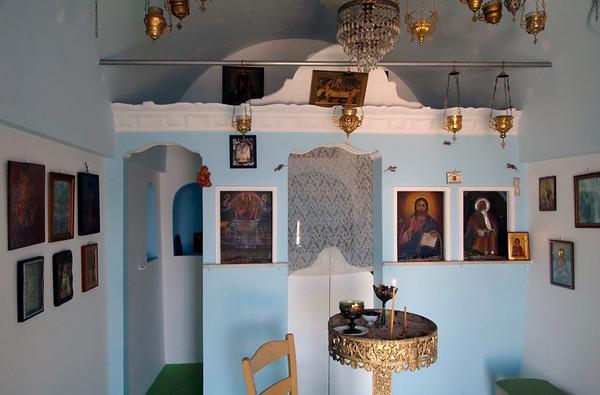 Chapel near Vathy, Samos, Greece, 25 December 2008