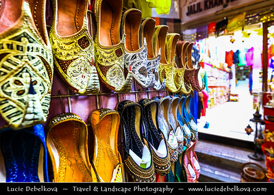 Middle East - GCC - United Arab Emirates - UAE - Dubai - Dubai Creek - Deira - Dubai Spice Souk - Old Souq - Traditional market with stores selling a variety goods - Shoes