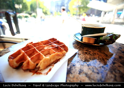 Belgium - Wallonia - Liège - Luik - Waffles - Waffle shop - Pollux (2 Place de la Cathédrale)