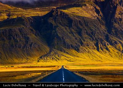 Europe - Iceland - South Eastern Iceland - Road from Jökulsárlón Glacier Lagoon - The largest glacier lagoon at the head of the Breiðamerkurjökull glacier branching from the Vatnajökull -