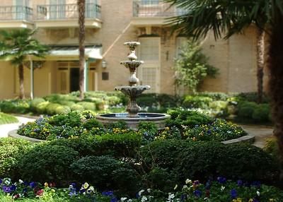 Courtyard Garden at Menger Hotel