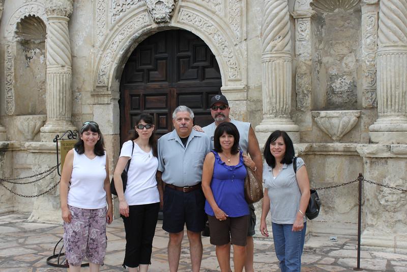 Jen, Demetria, Dennis, Mike, Tish & Jo-Ann at the Alamo