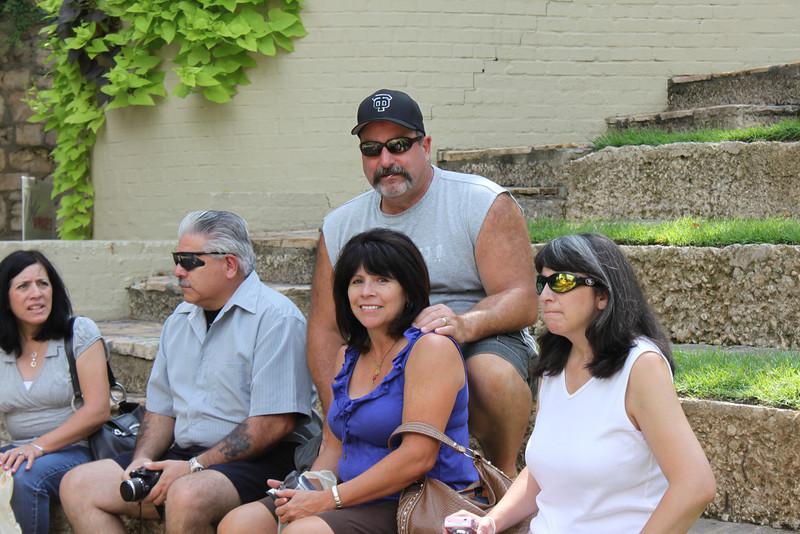 Jo-Ann, Dennis, Mike, Tish & Jen by the Riverwalk