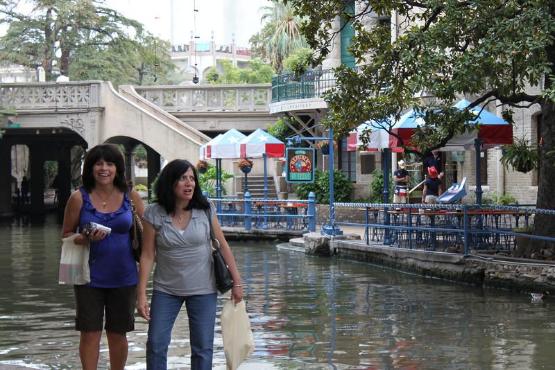 Tish & Jo-Ann along the San Antonio Riverwalk