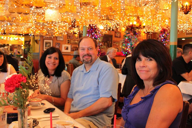 Jo-Ann, Rob & Tish at breakfast