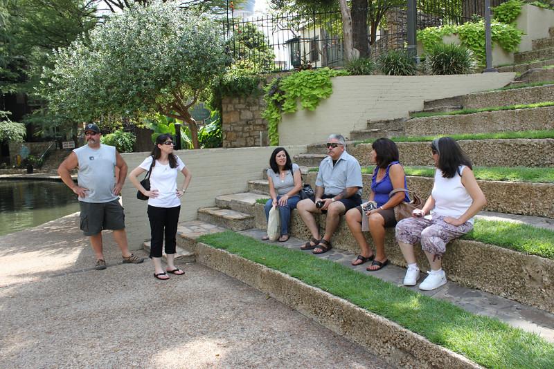 Mike, Demetria, Jo-Ann, Dennis, Tish & Jen rest along the Riverwalk