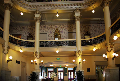 The old Menger Lobby