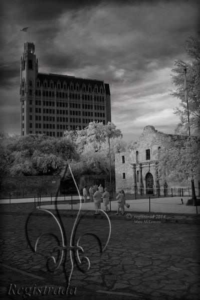Alamo Plaza, chapel, Emily Morgan Hotel