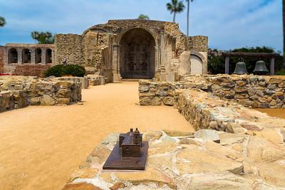 Mission Basilica San Juan Capistrano _ Architecture