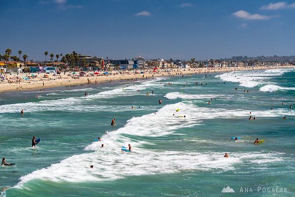 Surf at the San Diego beach
