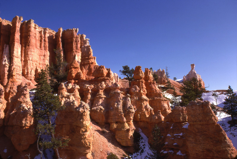 A November day with snow on the ground at Bryce National Park, Utah.