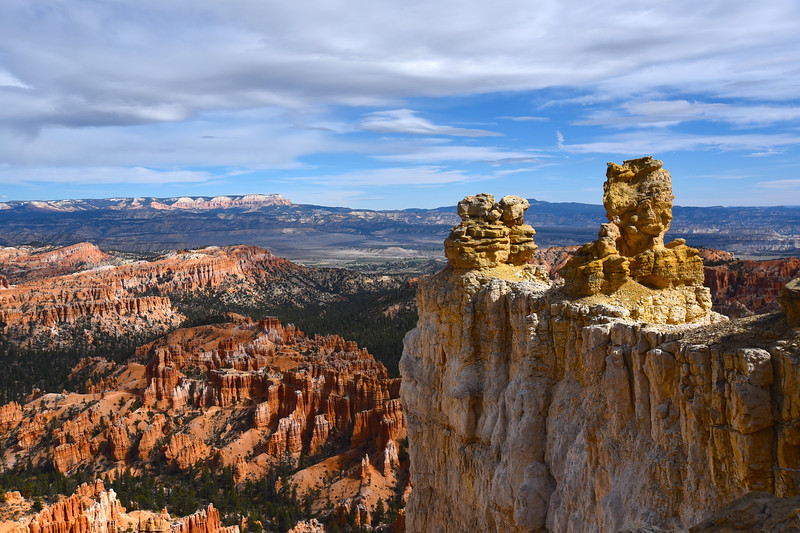 Bryce Canyon National Park, view from the Rim Trail.
