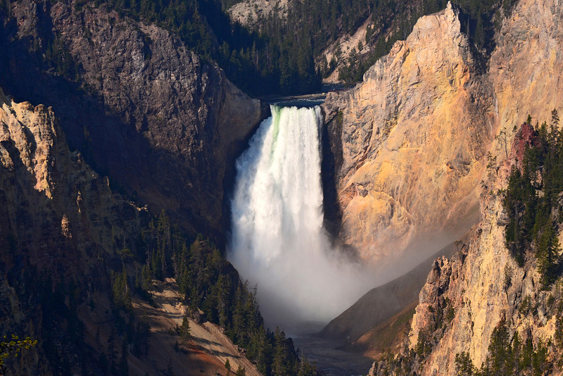 Lower falls of the Yellowstone River as seen from Artists Point.