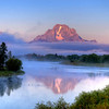 Oxbow Bend at sunrise on the Snake River in Grand Teton National Park, Wyoming.