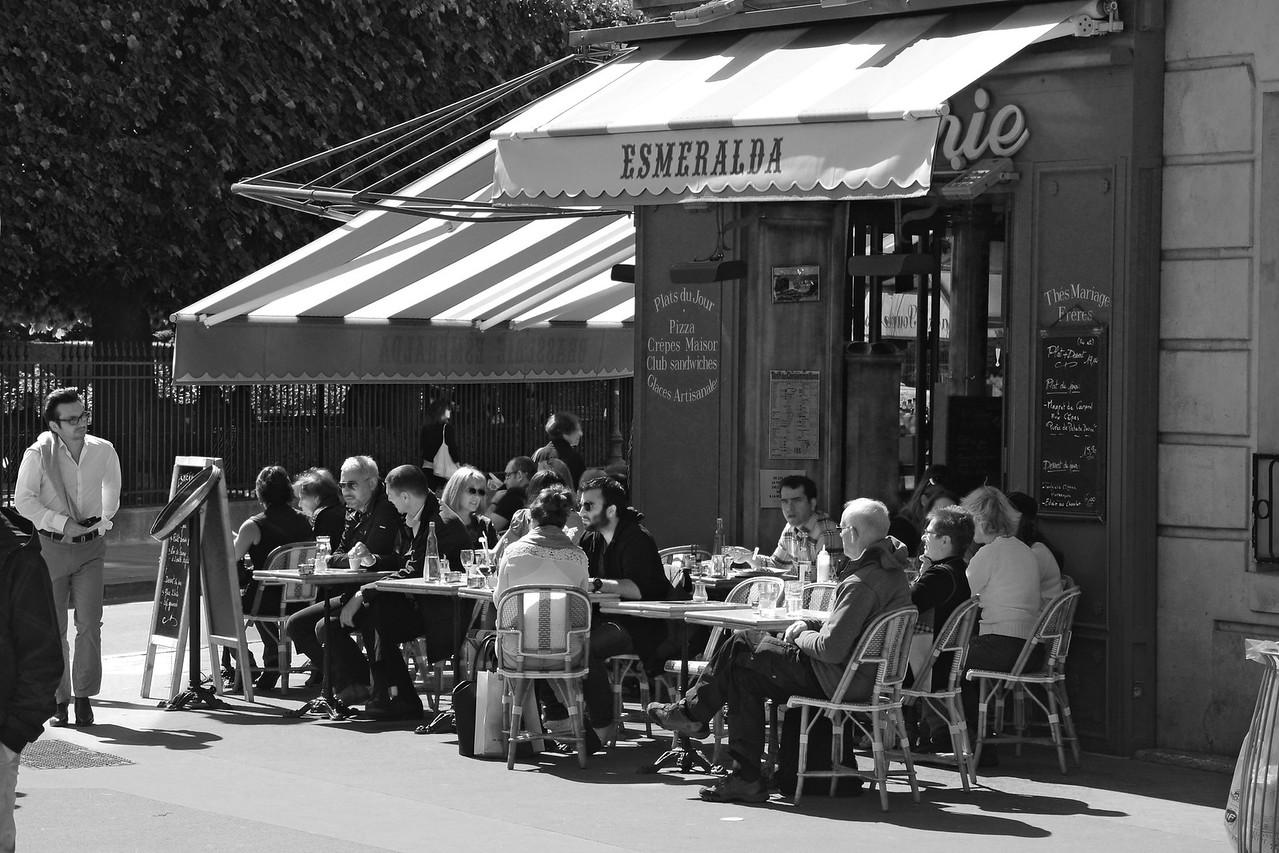 Esmeralda cafe