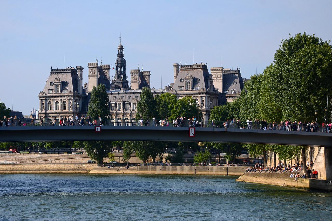 The Hotel De Ville, Seine, and the Pont St. Louis