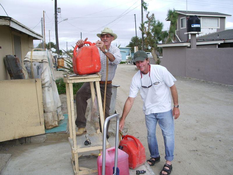 Gas station in Abrejos