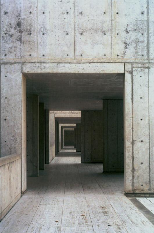 Hallway on the ground floor, Salk Insitute