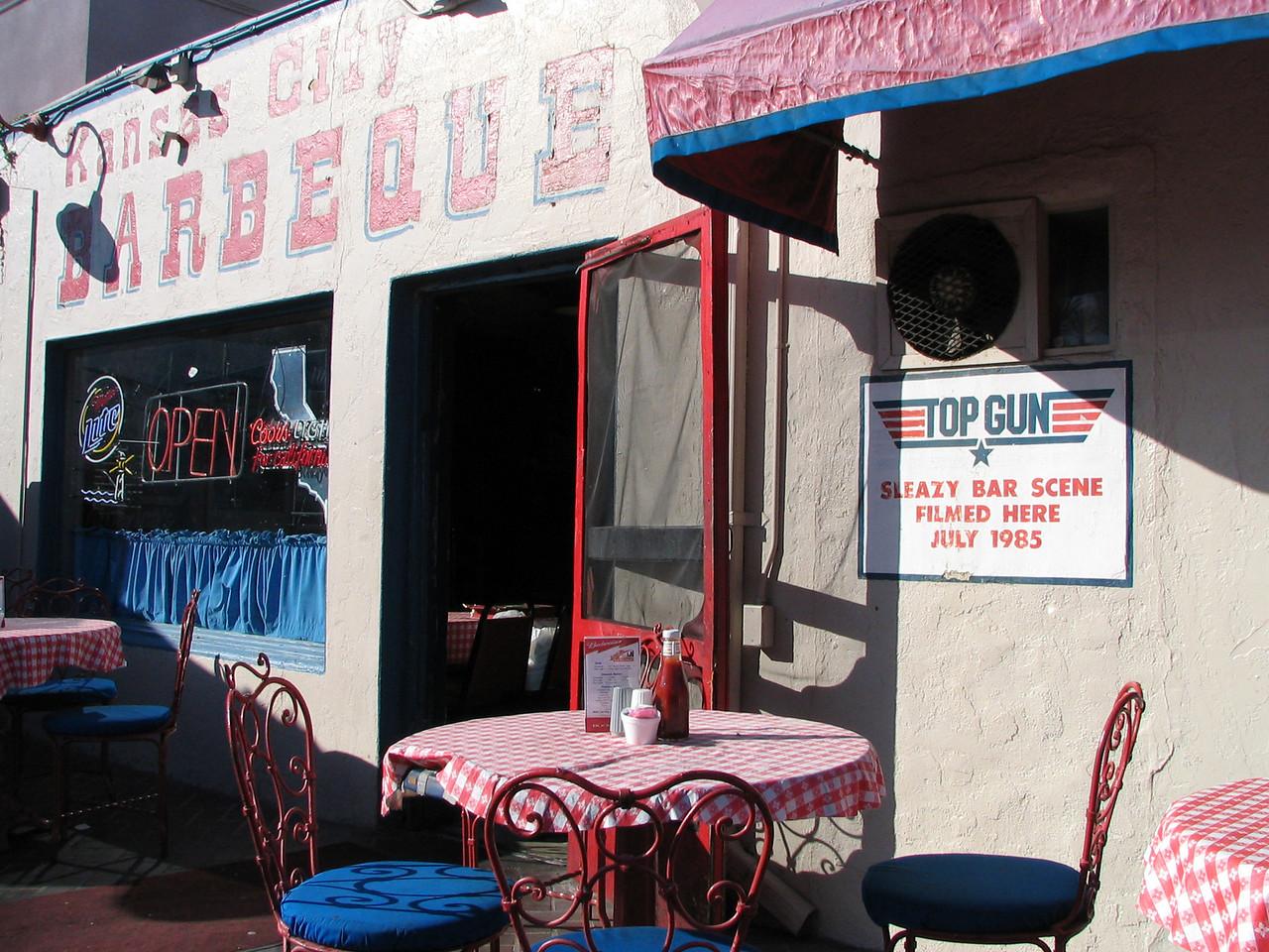 Sleazy Bar Scene In Top Gun, Was Filmed At Kansas City BBQ In Downtown San