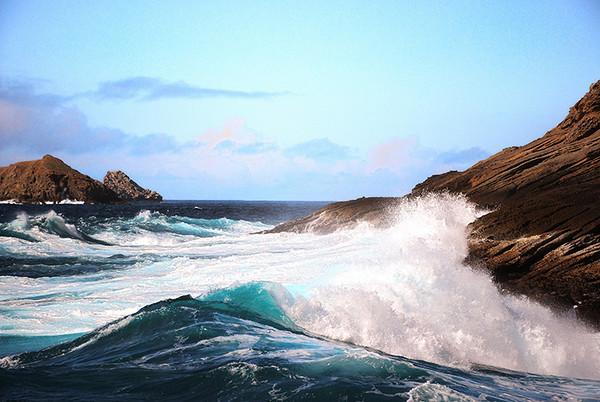#107 Crashing waves Islas Coronado
