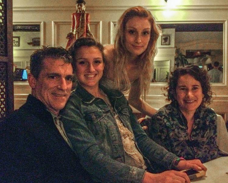 Steve, Alysse, Sarah & Carly