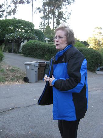 2011/09/21-2 - Neighborhood Walk