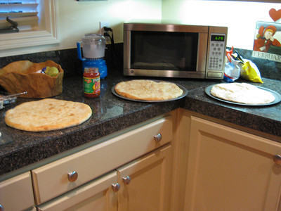 2011/10/10 - Making Personal Pizzas