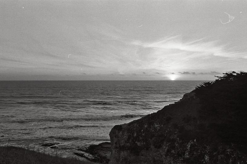 Davenport Bluffs. Kodak T-Max (expired 1992), Canon AE-1