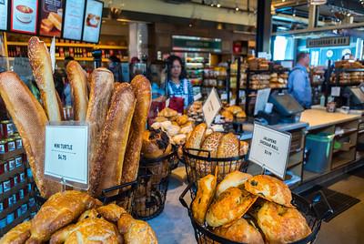 San Francisco, CA, USA, Boudin, American Bakery Shop, Sourdough Bread, Fisherman's Wharf