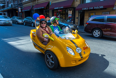 San Francisco, CA, USA, Street Scenes, Tourists driving Rental Car in Downtown