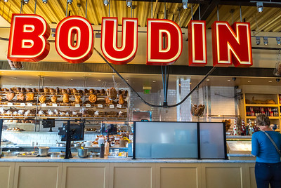 San Francisco, CA, USA, Boudin, American Bakery Shop, Sourdough Bread, Fisherman's Wharf