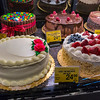 San Francisco, CA, USA, Inside, Local American Bakery Food Supermarket, Safeway, Baked Cakes on Display
