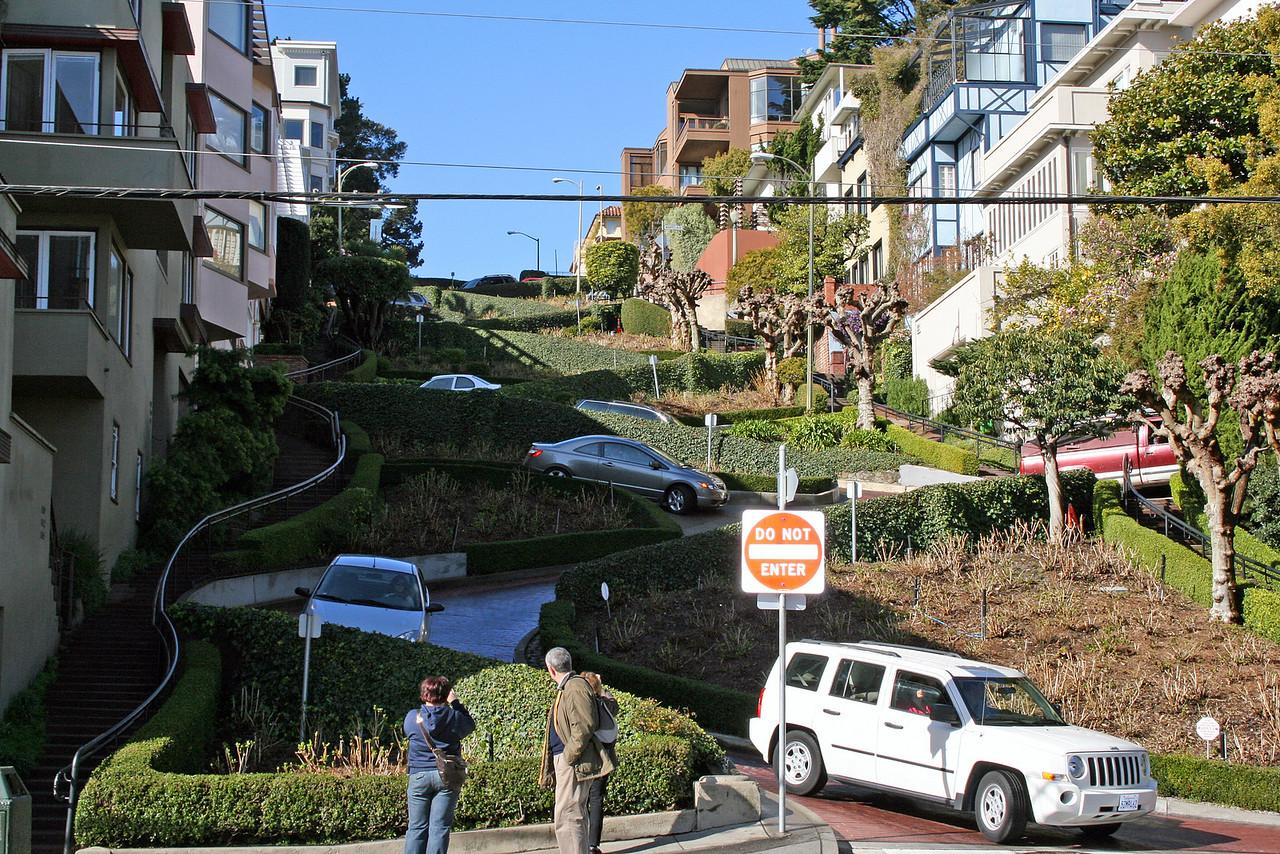 Feb. 20/08 - At bottom of Lombard St. on Leavenworth, San Francisco