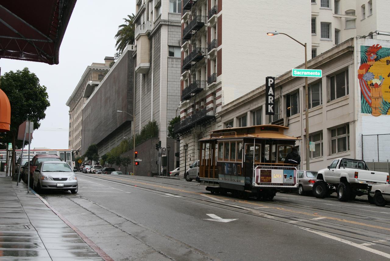 Feb. 19/08 - Powell & Sacramento Streets, San Francisco